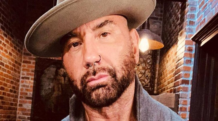 Dave Bautista boards cast of 'Knives Out 2'