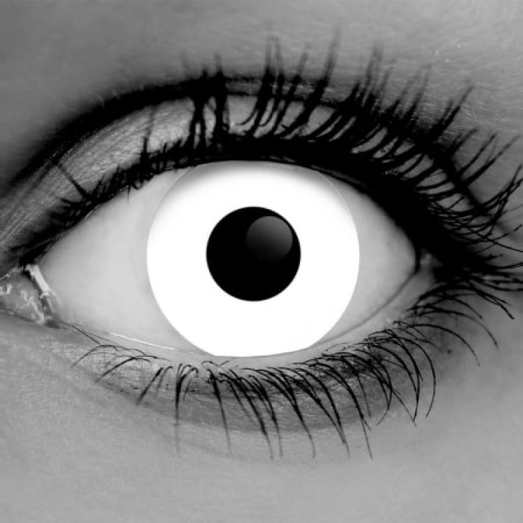 Halloween Contact Lens Manufacturer Offers Online Vision Test