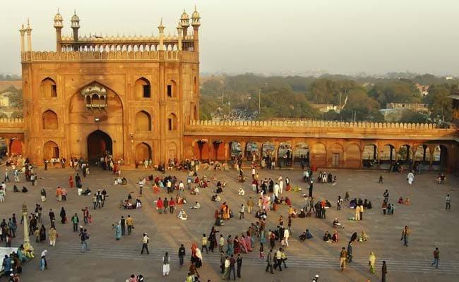 Hot, humid morning in Delhi