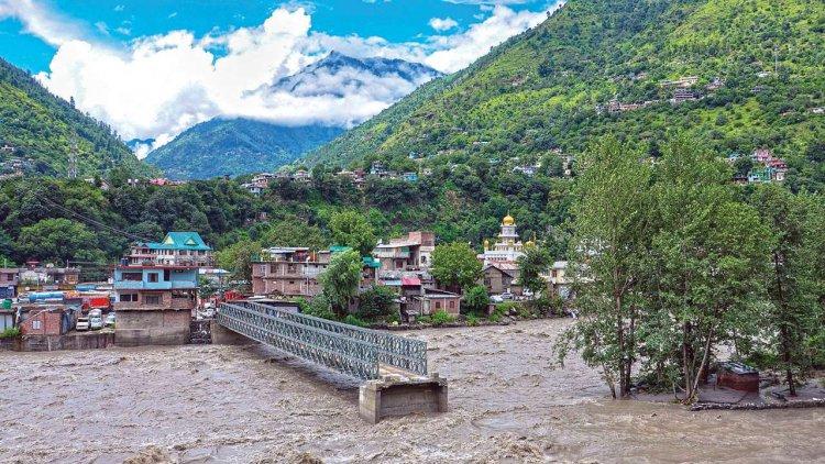 Downpour continues in Himachal Pradesh